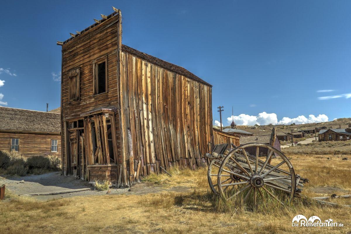 Verfallene Gebäude in der Geisterstadt Bodie