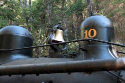 Auch die Signalglocke darf bei der Yosemite Mountain Sugar Pine Railroad nicht fehlen