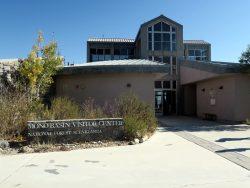 Das Besucherzentrum am Mono Lake