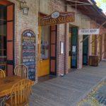 Ein Saloon aus früherer Zeit im Columbia State Historic Park