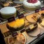 Viele unterschiedliche Käsekuchen gibt es in der Cheesecake Factory