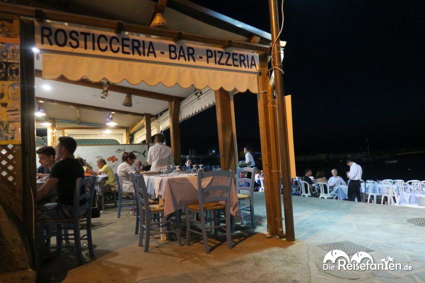 Das Ristorante Don Vito liegt direkt an der Strandpromenade