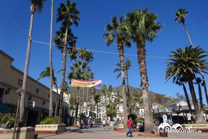Die Promenade von Avalon auf Catalina Island