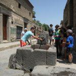 Die Brunnen in Pompeji spenden Kühle bei den heißen Temperaturen