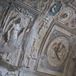 In den Badehäusern Pompejis gibt es noch zahlreiche Wandverzierungen