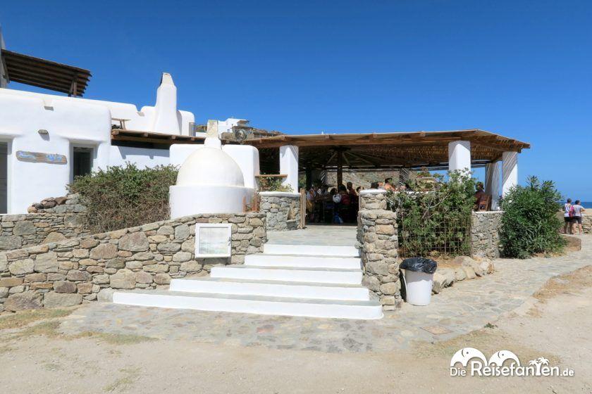 Der Eingang zur Taverna Fokos