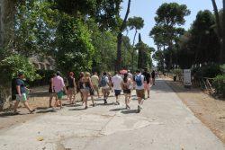 Viele Touristen in Pompeji