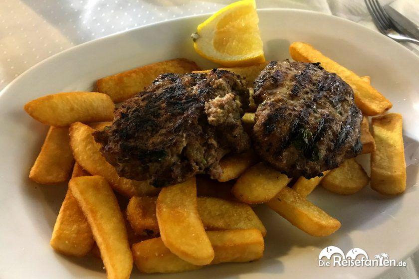 Beef Burger bei Kostas in Mykonos Stadt