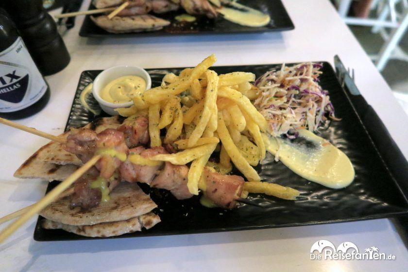 Unser Hauptgericht war das Chicken Souvlaki im Pepper souvlaki and more in Mykonos Stadt