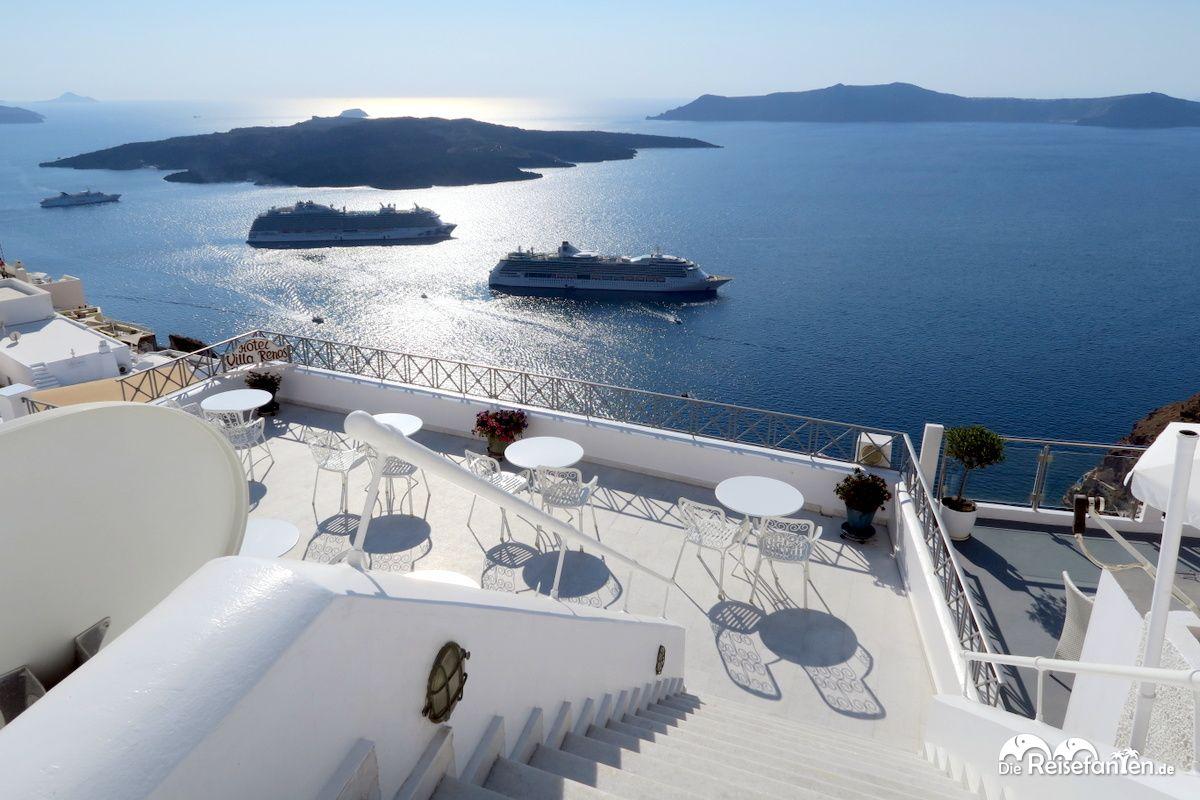 Aussicht von Fira auf Santorini