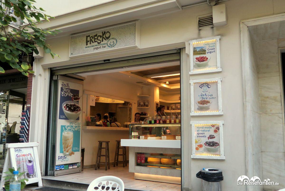 Die FRESKO yogurt bar in Athen ist sehr beliebt