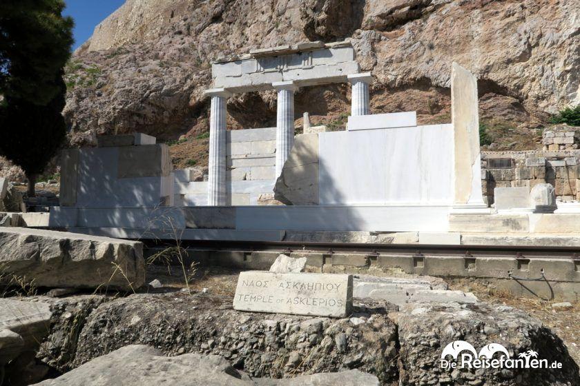 Der Tempel des Asklepios nahe der Akropolis in Athen