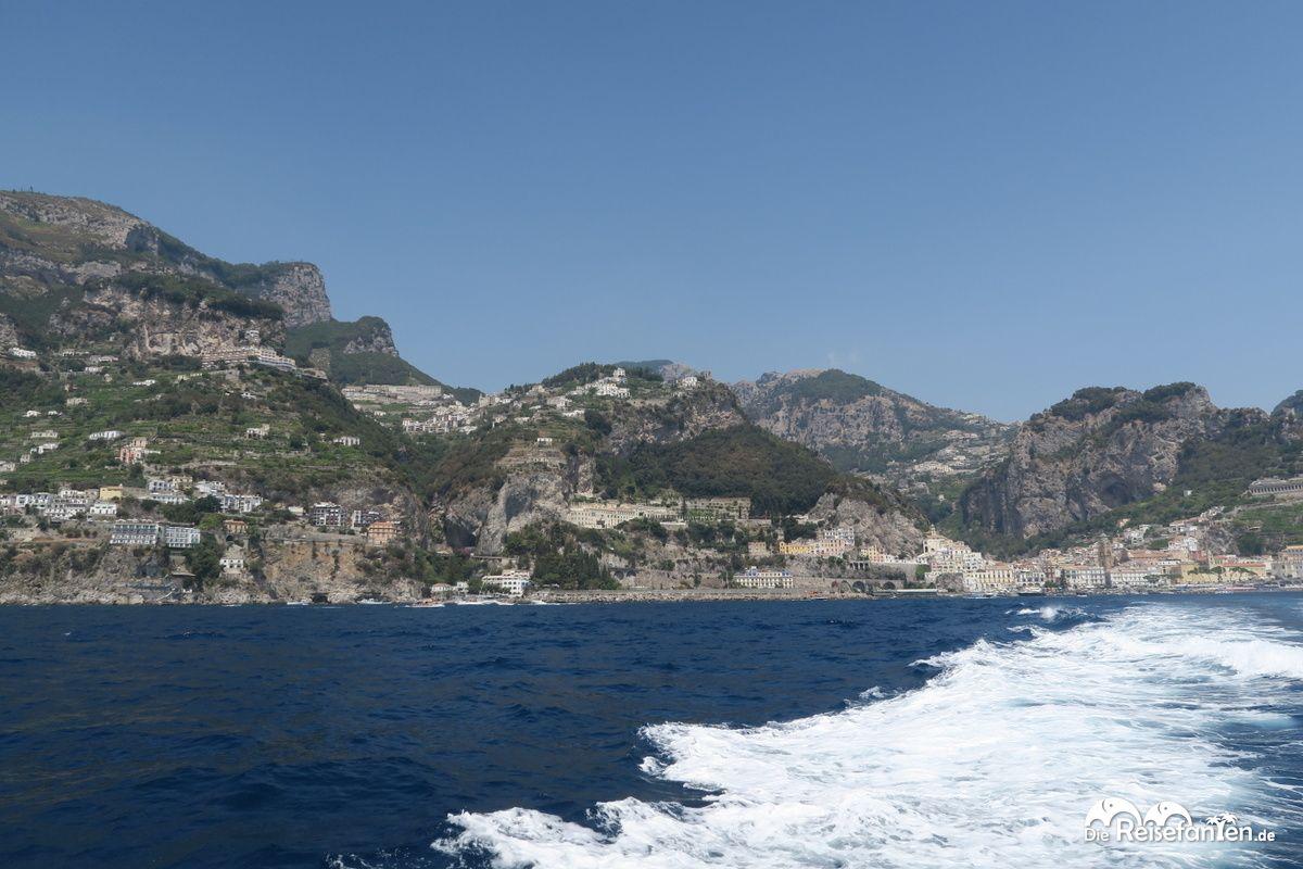 Blick zurück nach Amalfi Stadt