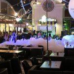 Feier zu Songkran Asiatique Nachtmarkt in Bangkok