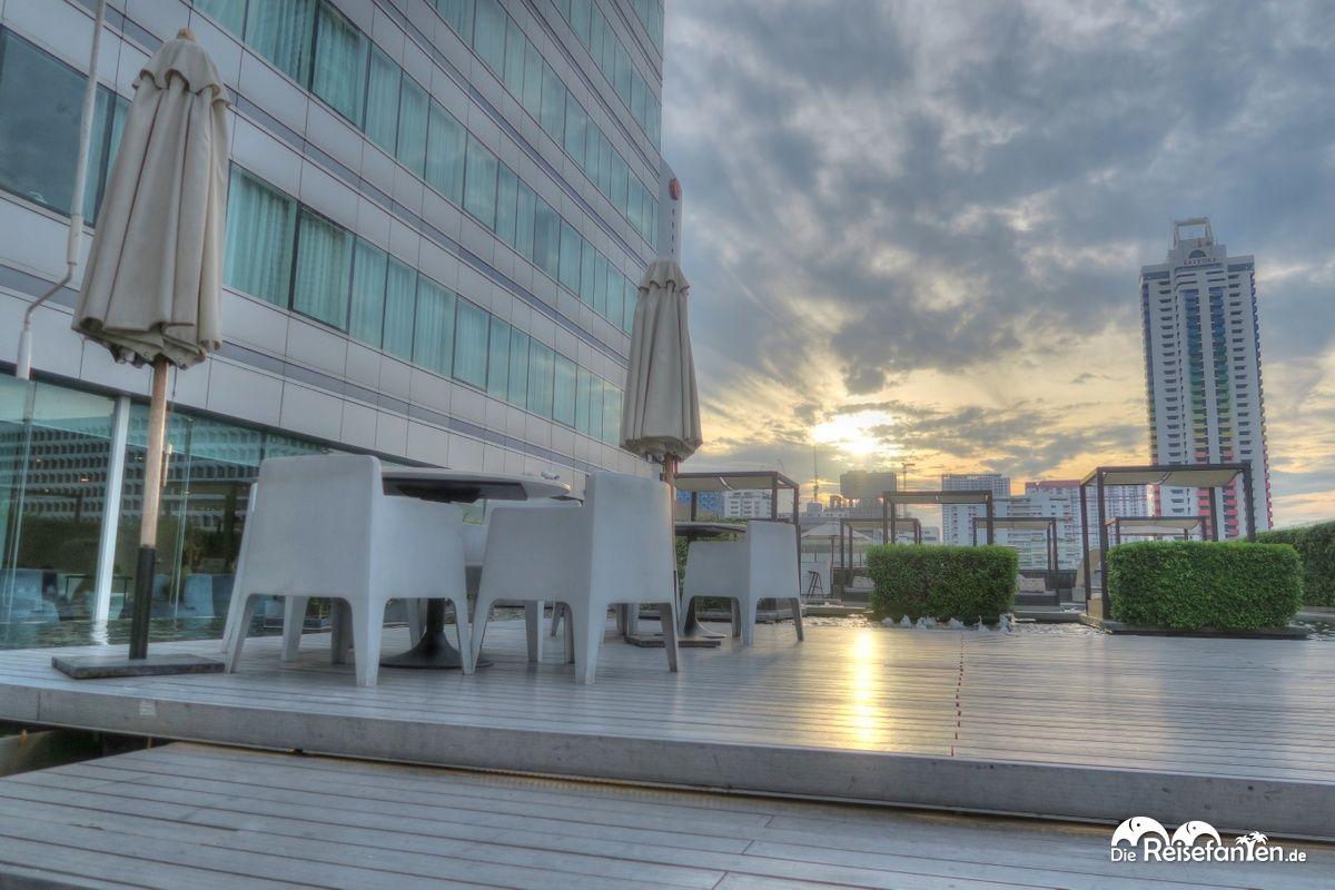 Außenbereich im Centara Watergate Pavillion Hotel Bangkok 2