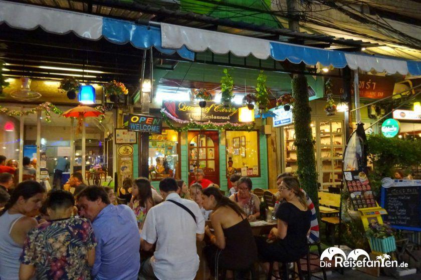Aussenansicht vom Restaurant Queen of Curry in Bangkok