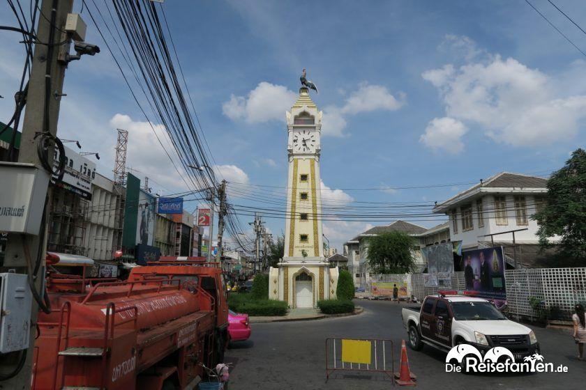 Beim Verlassen des Terminals von Nonthaburi