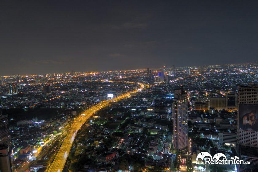 Das Nachtleben in Bangkok von der Sky Bar im Lebua in Bangkok