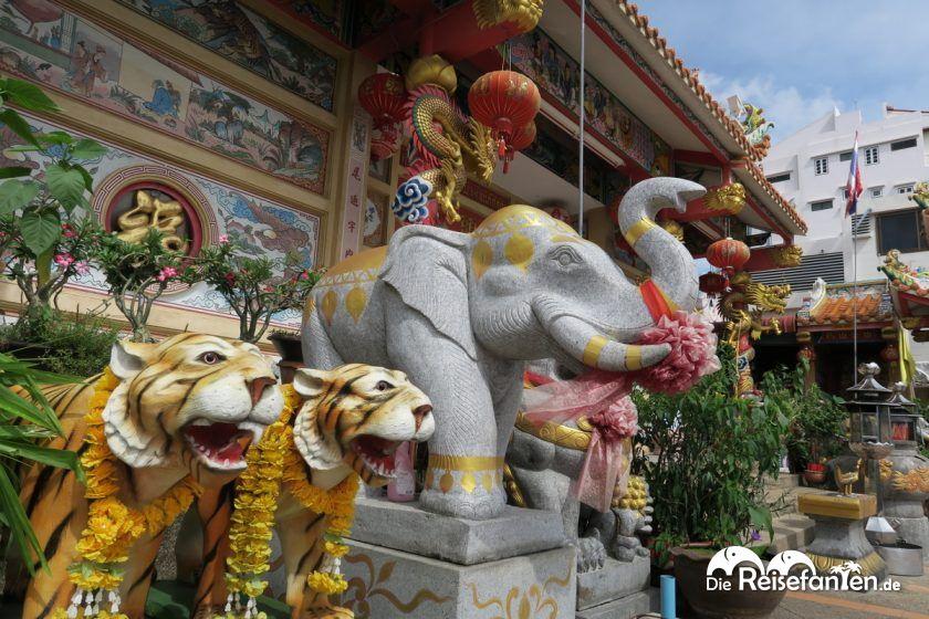 Der Shinto Schrein in Nonthaburi