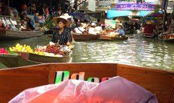 Viel Betrieb auf den Hauptkanäln des Floating Markets