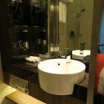 Waschbereich im Holiday Inn Express Singapore Clarke Quay