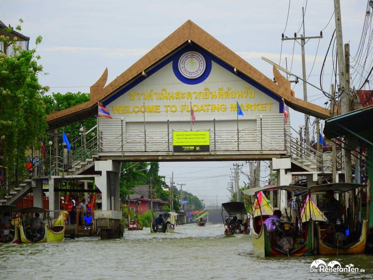 Zugangsschild zum Floating Market