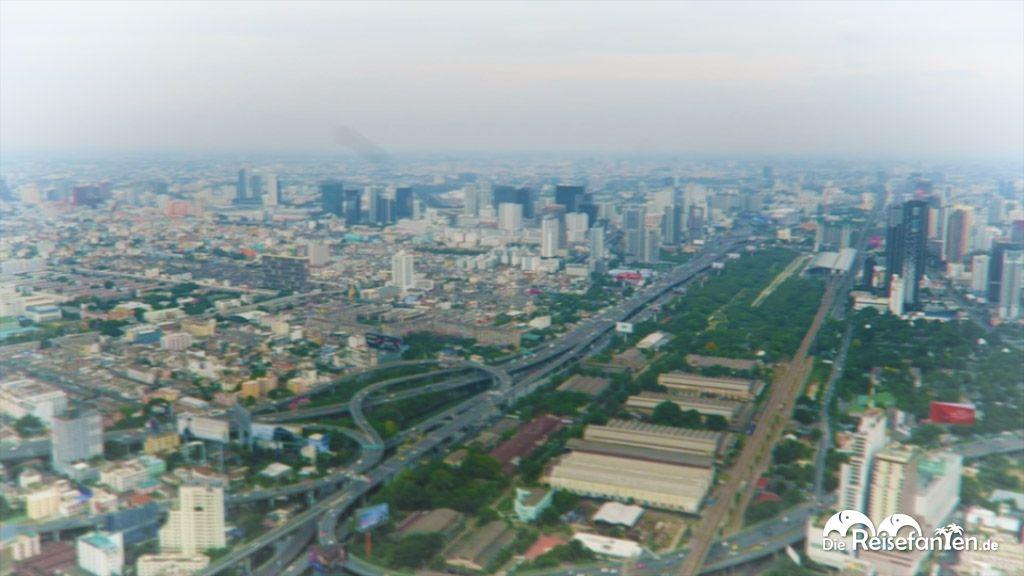 Video von der Aussichtsplattform des Baiyoke Tower 2 in Bangkok