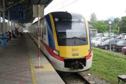 Zug von KTM Komuter in Malaysia