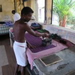 Bügelarbeiten in Cochin