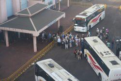 Rückkehr von AIDA Ausflüglern in New Mangalore