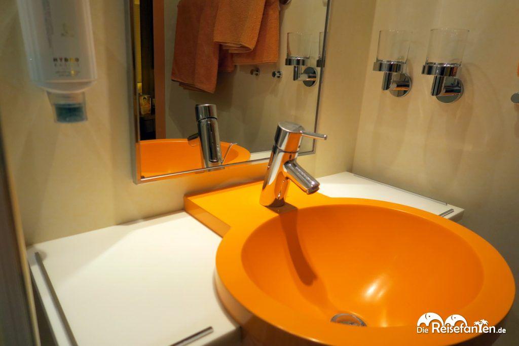 Waschbecken auf der AIDAbella