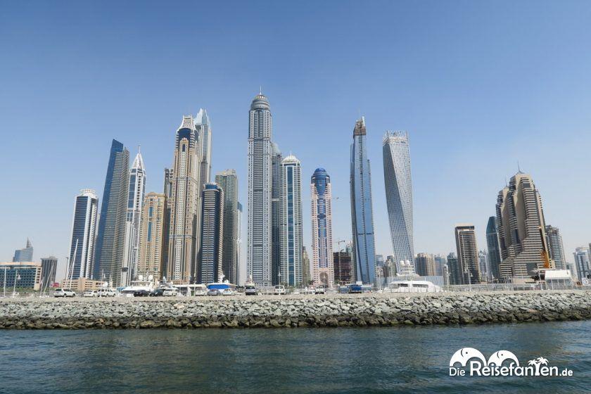 Die Hafen Skyline in Dubai