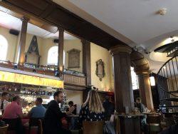 Innenbereich der Church in Dublin
