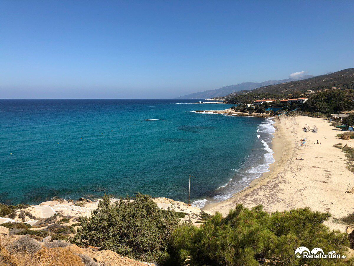 Einsame Strände gibt es auf Ikaria zuhauf