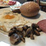 Frühstücksessen auf der AIDAbella