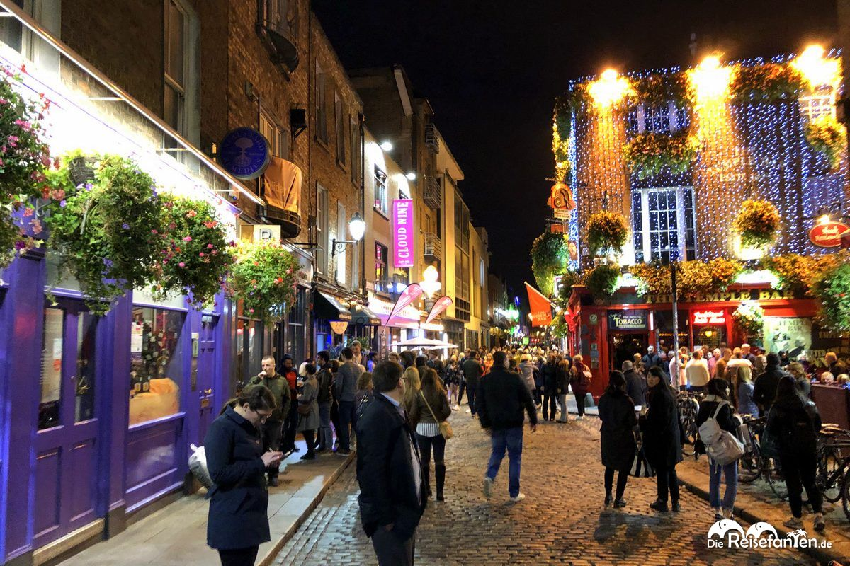 Temple Bar in Dublin bei Nacht