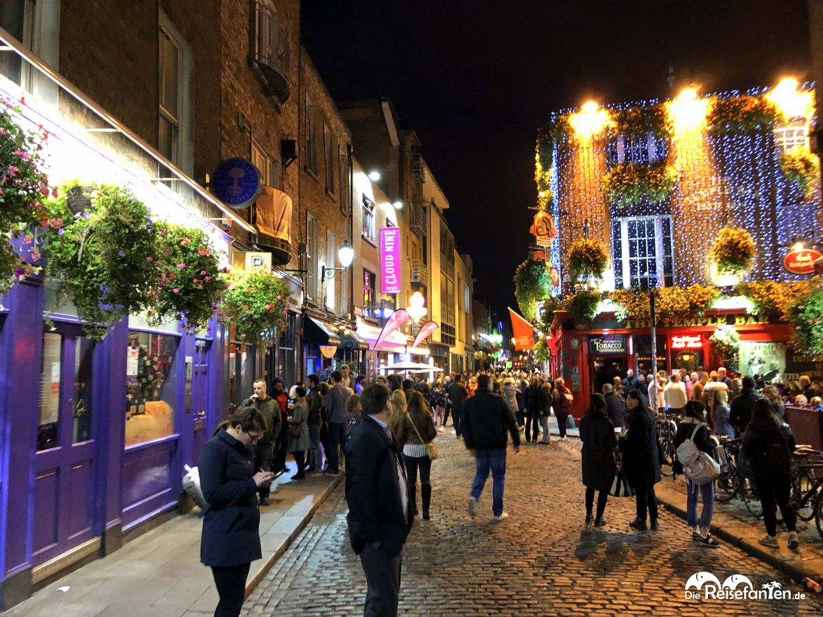 Temple Bar in Dublin bei Nacht