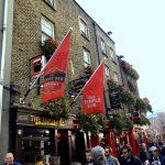 The Temple Bar auf der gleichnamigen Straße in Dublin