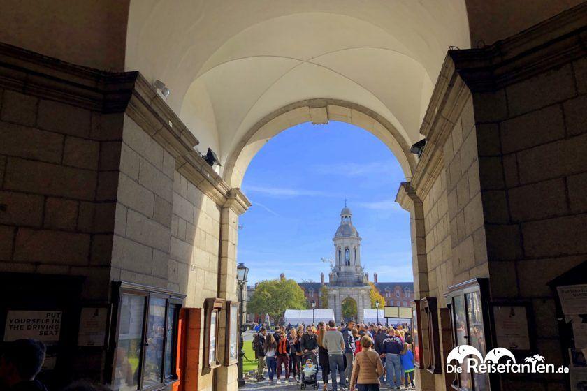 Zugang zum Trinity College in Dublin