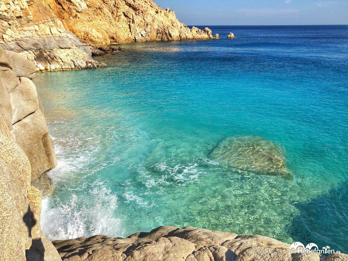 Der malerische Seychelles Beach auf Ikaria.jpeg