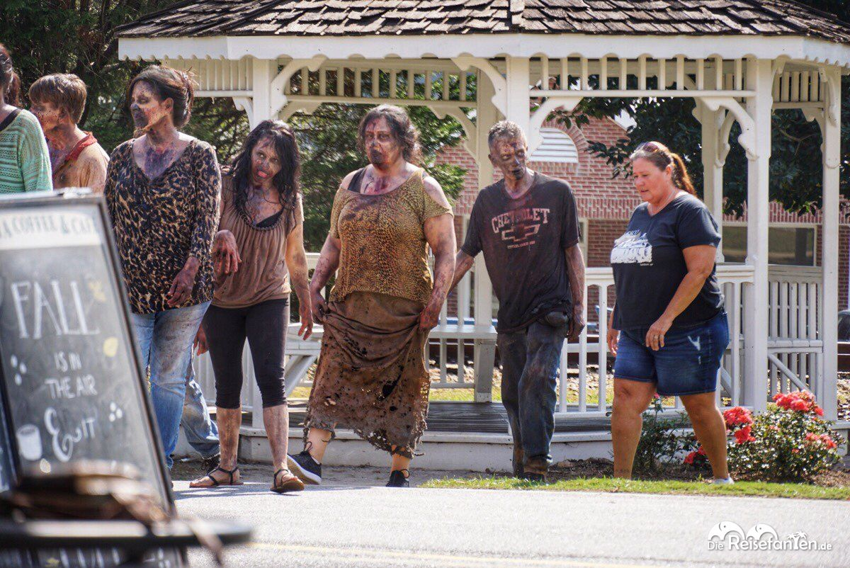 Ein paar Walking Dead waren auch tagsüber unterwegs