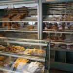 Produktauswahl in der Bäckerei in Therma auf Ikaria