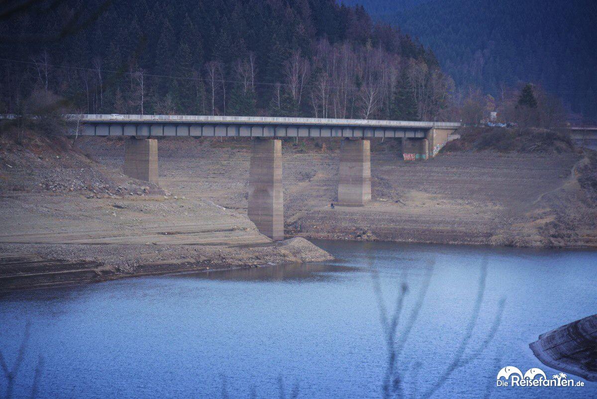 Brücke in der Okertalsperre