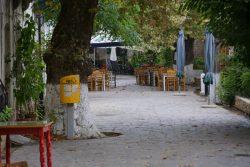 Zur Mittagszeit ist es ruhig in Nas auf Ikaria