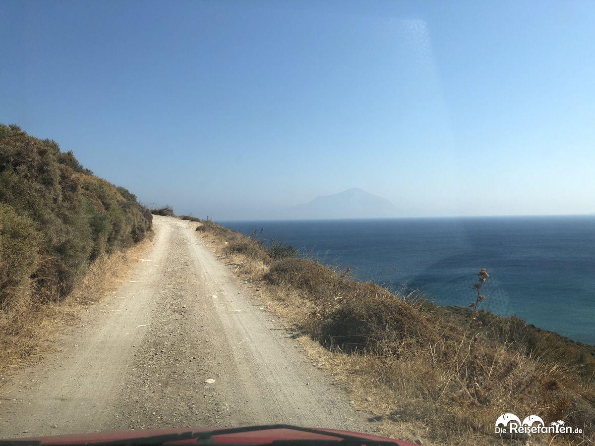Anfahrt zum Drakano Turm auf Ikaria