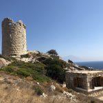 Blick auf den Drakano Turm auf Ikaria