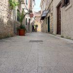 Breite Straßen sind in Trogir selten