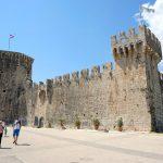 Die schöne Festung Kamerlengo in Trogir