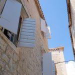 Im Sommer staut sich die Hitze in Trogir