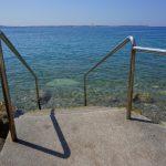 Einstieg ins Meer in Piran